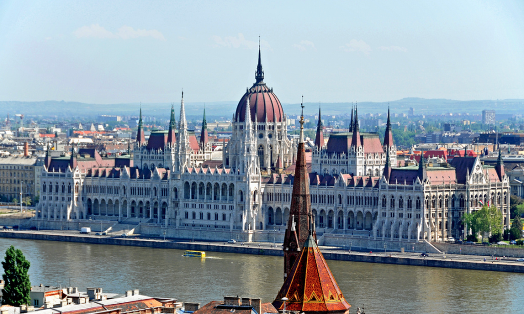Hungarian Parliament - Dennis Jarvis' photo